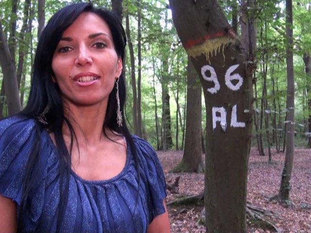 baiser dans les bois avec des inconnus